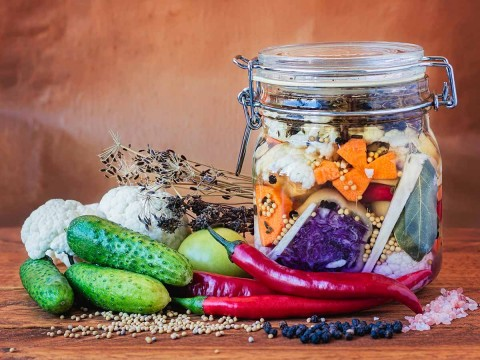the-ultimate-guide-to-fermented-foods-1200x900